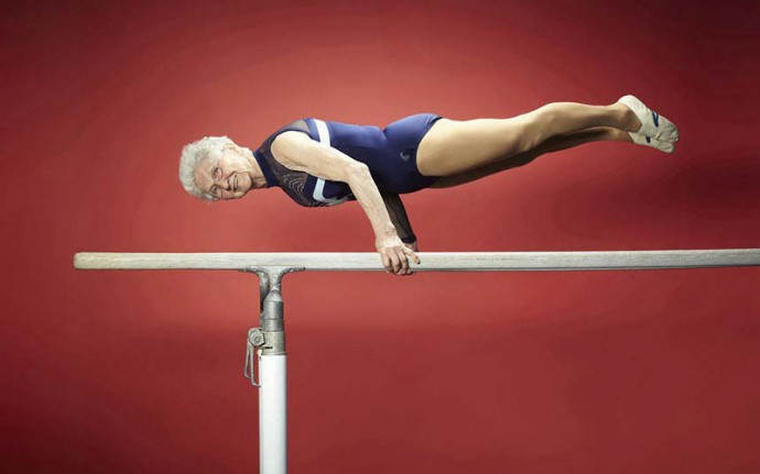Diese Großmutter im Alter von 91 Jahren trainiert so, dass Teenager beneiden können!