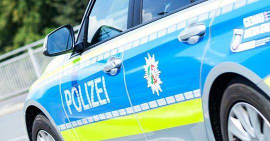 Düsseldorf: Mutter wird im Beisein ihrer Kinder überfallen