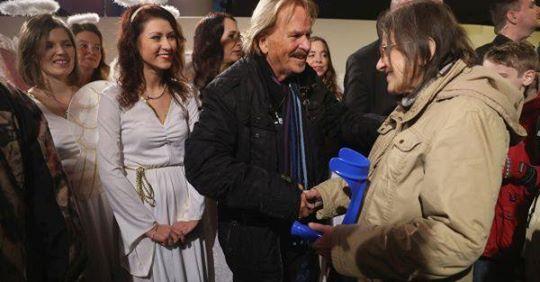 Frank Zander beschenkt Obdachlose: Weihnachtsessen am 21. Dezember in Berlin