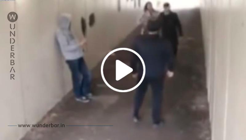 Einer der Männer wirft eine Zigarettenkippe auf seine Freundin – das hätten sie mal besser gelassen!
