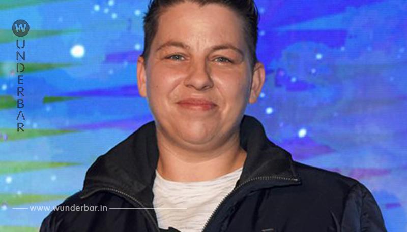 Kerstin Ott: Regenbogenfarben mit Helene Fischer auf Platz 9!