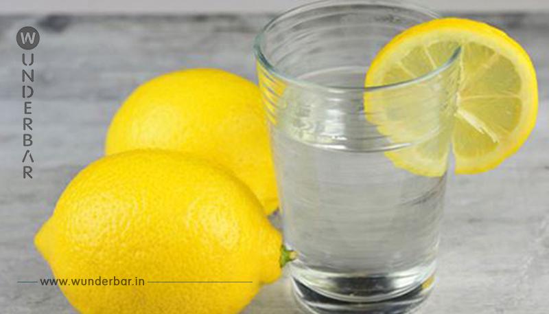 11 Gründe, jeden Morgen Zitronenwasser zu trinken