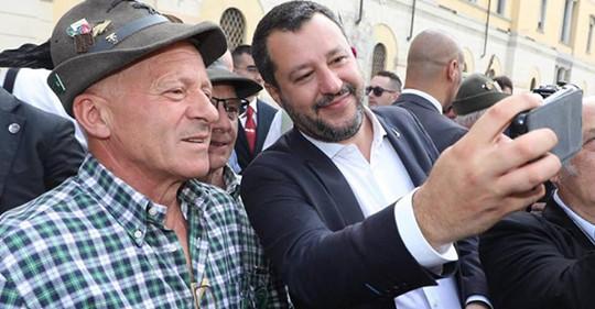Sogar in Deutschland: Salvini in der Bevölkerung immer beliebter