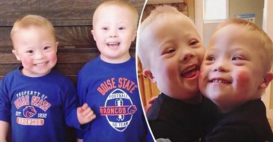 Zwillinge mit Down Syndrom inspirieren andere Menschen auf der Welt durch ihre Freude fürs Leben