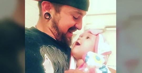 Mutter verlässt 1 Monat altes Baby - Vater teilt Brief über ihre Aktion auf den sozialen Medien