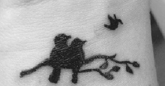 Bleibende Erinnerung: Tattoos, die an verlorene Baby erinnern