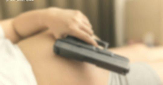 Hochschwangere Mutter erschießt Einbrecher – Vermummte bedrohten Mann und Tochter mit Pistole