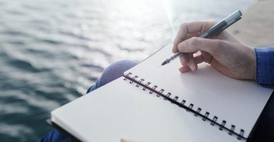 Wie Schreiben dabei helfen kann, seelisches Leid zu überwinden