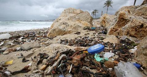 Die Insel, der Müll und das Meer: Wie Mallorca im Abfall erstickt