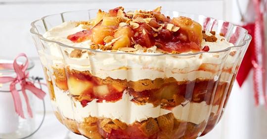 Pfefferkuchen-Trifle mit Preiselbeerkompott