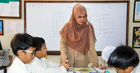 Kopftuch-Verbot für Lehrerinnen geht zu weit