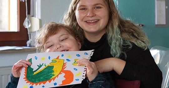 Unheilbar an Krebs erkrankt - die letzten Wünsche des kleinen Oskar