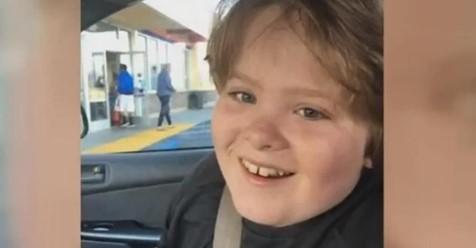 13-jähriger autistischer Junge stirbt, nachdem er in Schule gezügelt wurde, 3 Mitarbeiterinnen sind aufgrund von Totschlag angeklagt worden