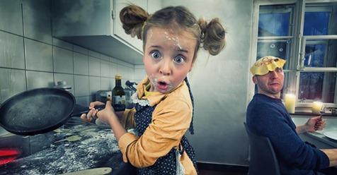 John Wilhelm macht lustige Foto Manipulationen der Töchter