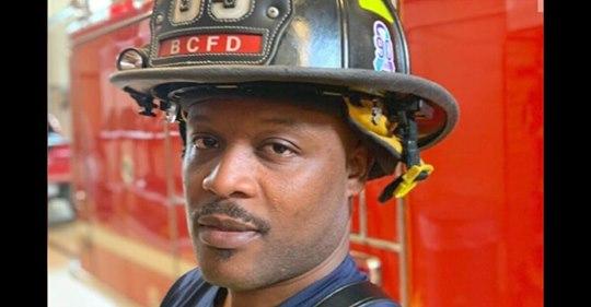 Feuerwehrmann brauchte seine gesamten Ersparnisse auf, um Bar zu eröffnen – wird von Protestlern niedergebrannt