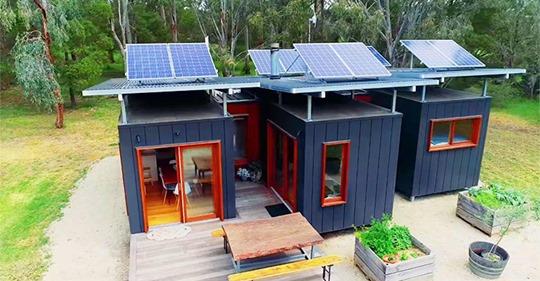 Ein australisches Paar verwandelt drei 7 Meter Container in ein unglaubliches Zuhause