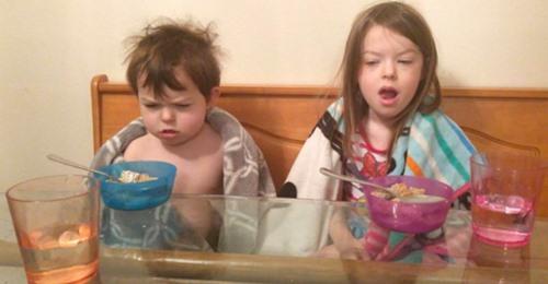 16 lustige Kinder, die einen zum Lachen bringen