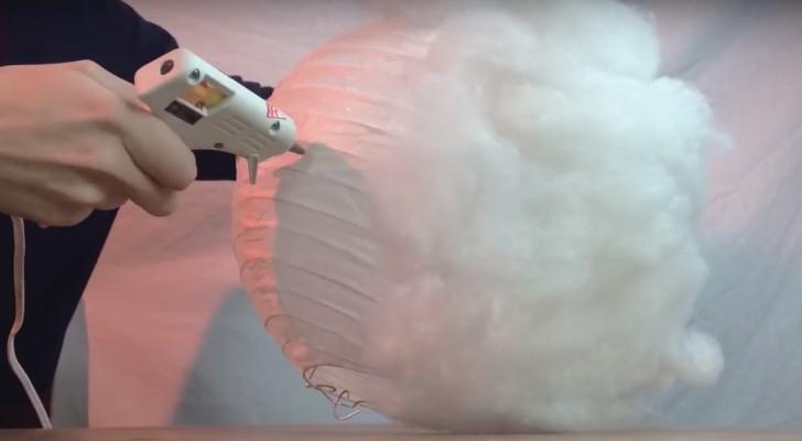 Wie man eine Wolkenlampe bastelt: hier das schnelle und günstige Tutorial