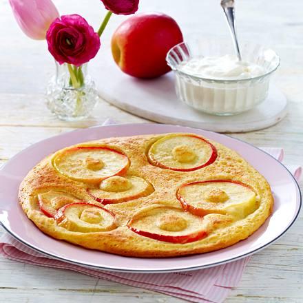 Apfelpfannkuchen mit Schmand-Vanille-Creme